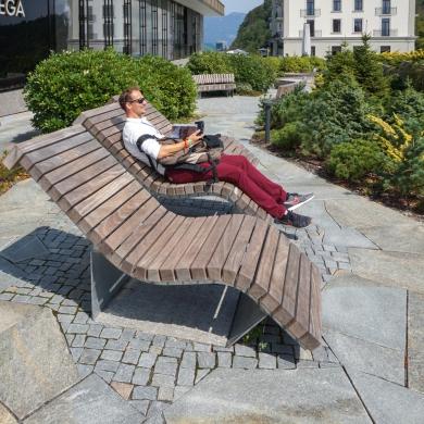 Solid Serif Chaise Longues, Bürgenstock