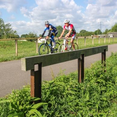 Support de Vélos Rough&Ready linéaires