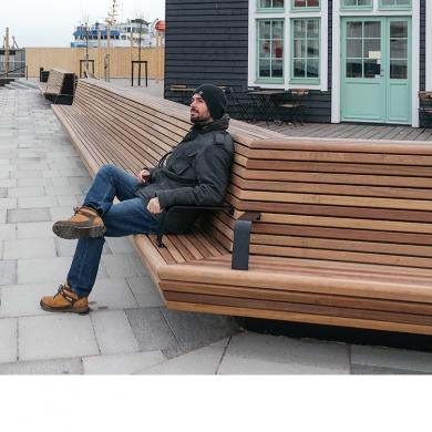 Straatmeubilair - Fijne Houten Bank - Clifhanger, Helsingborg (SC)